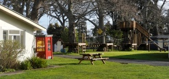 The kids adventure playground. Working phone and Kitchen/Laundry