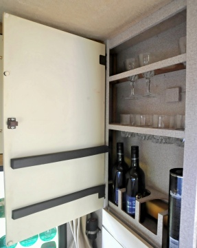 Drinks cabinet !