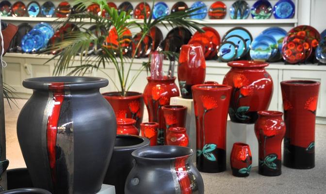 Bright Pots