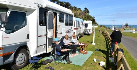 Our friends from Wanganui enjoying the sun.