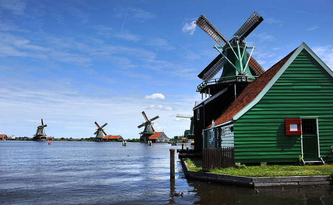 Clogs and Windmills