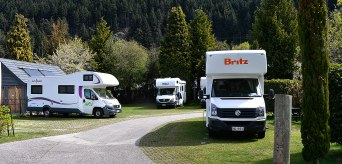It seemed that we had the whole fleet of Jucy, Britz and Maui in the camp!